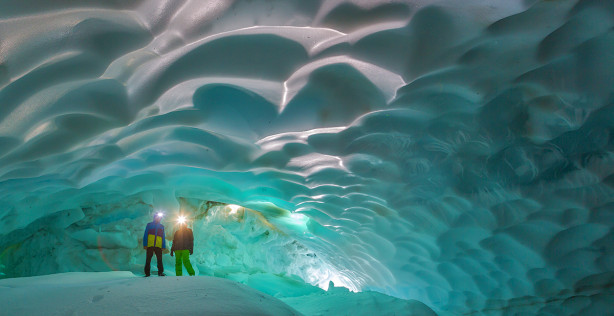 Mutnovsky Ice cave tour Kamchatka