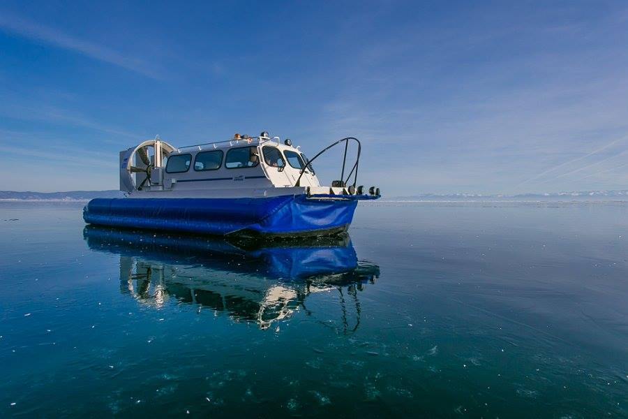 Hovercraft Baikal ice tour