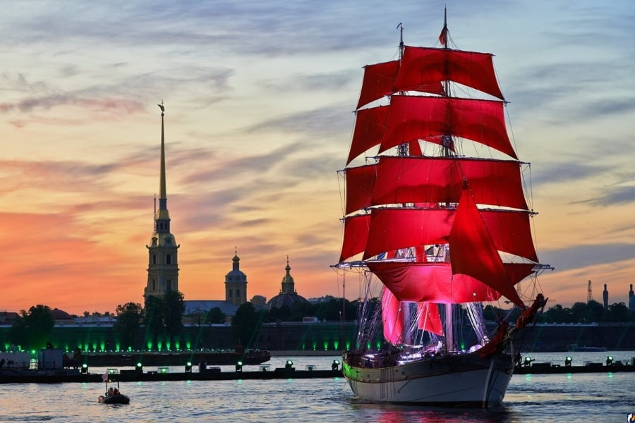 Visit St Petersburg during white nights festival