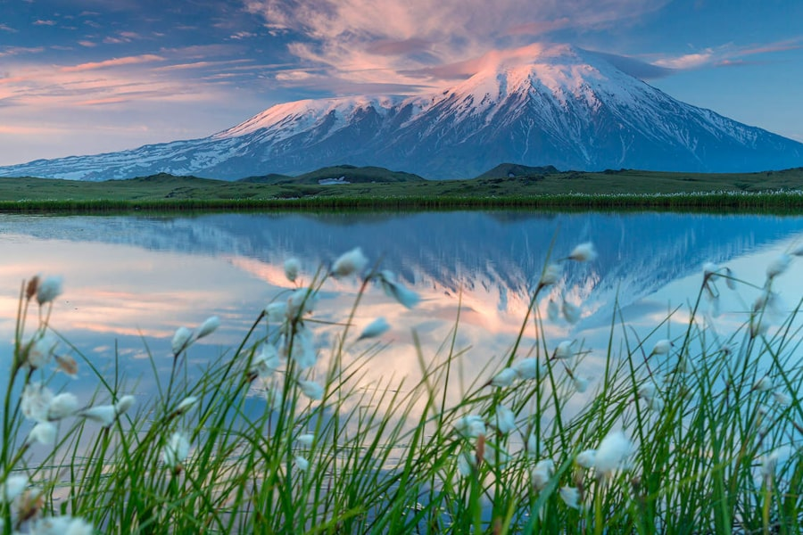 Kamchatka photo tour bears volcanoes Russia Siberia