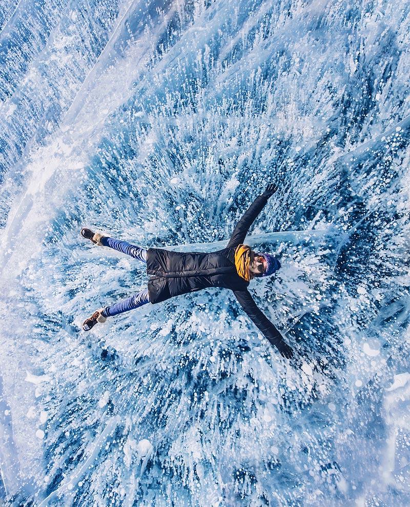 Lake Baikal ice photo tour 17