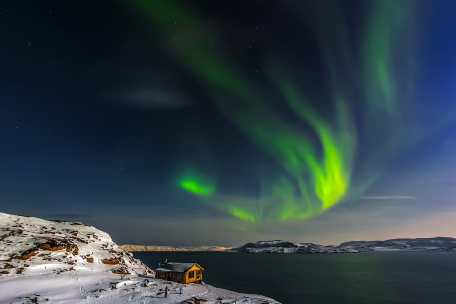 Northern Lights Murmansk tour Russia Kola Peninsula Teriberka